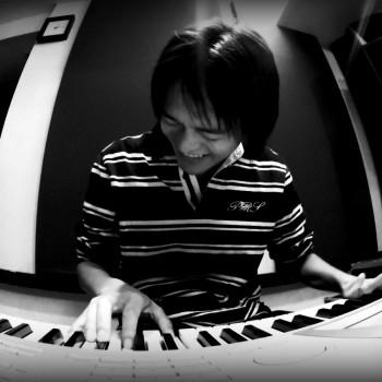 hiro-2011-10-10-1313